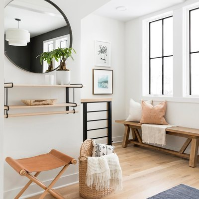 Black Accents Add Subtle Definition to a Soft and Minimal Design