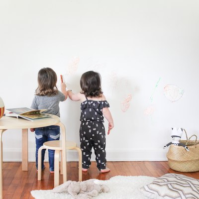 How to Remove Pencil Marks From Painted Walls (Pen and Crayons, Too)