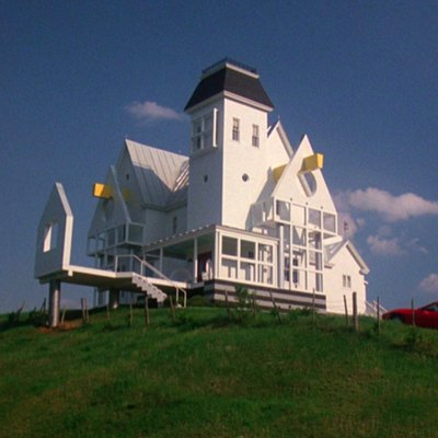 Hello From My New House, the Beetlejuice House