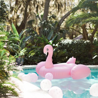17 Things You Need to Throw the Ultimate Pool Party