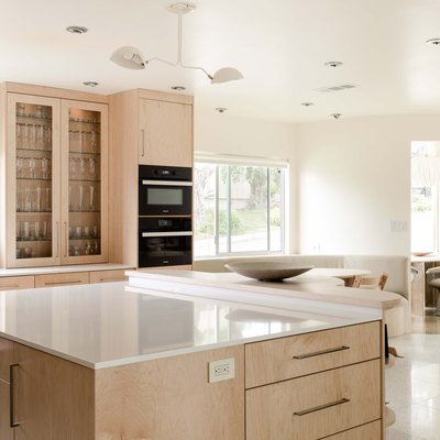 Does Oven Cleaner Damage Kitchen Countertops?