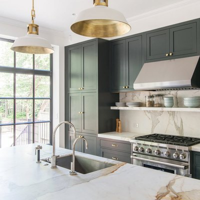 13 Envy-Inducing Green Cabinets That Will Make Your Houseguests Jealous