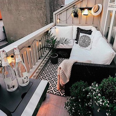 This Is How to Pack Big Style Into a Small Balcony