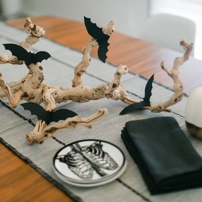 Here's a spooky take on Halloween décor.