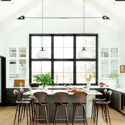 Black Accents Define a Grand Kitchen Design