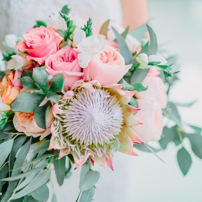 How to Preserve Live Flowers for Keepsakes