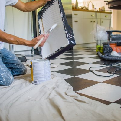 How to Paint Ceramic Tile