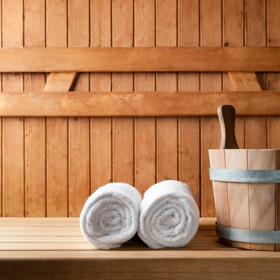 What Type of Wood Should be Used to Make a Sauna?