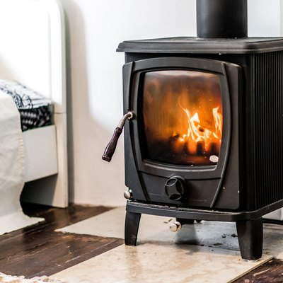Can I Use a Barometric Damper With a Wood Stove?