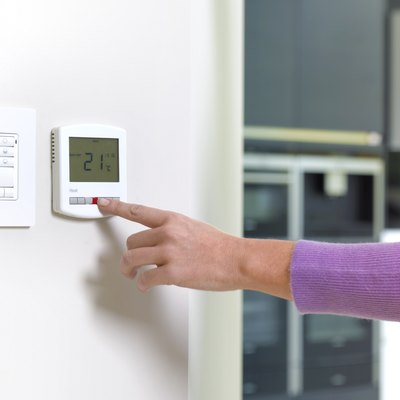 Lux 500 Thermostat Instructions