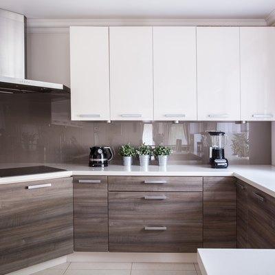 Cozy beige kitchen
