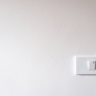 What Kind of Light Fixtures Do You Need for a Dimming Switch?