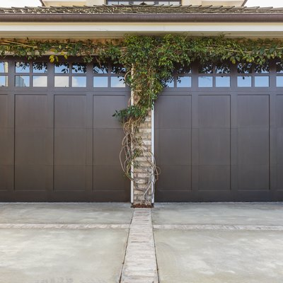 What Is the Standard Size of a Two Car Garage?