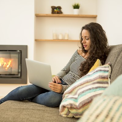 How to Bleed Gas Lines for a Gas Fireplace