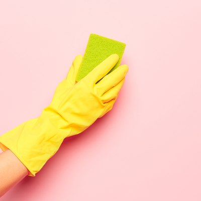 How to Clean Painted Walls Without Leaving Streaks