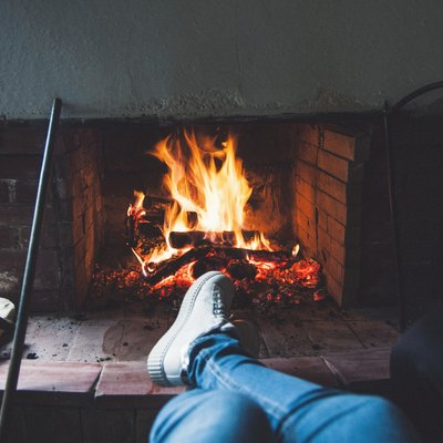 What Are the Different Types of Fireplaces?