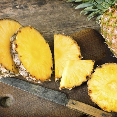 How to Grow Pineapples From Seeds