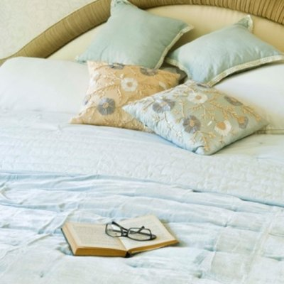 How to Re-fluff a Comforter
