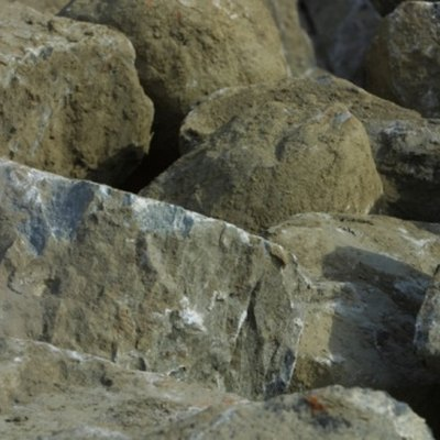 Differences Between Foliated & Non-Foliated Metamorphic Rocks