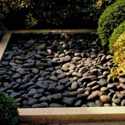 How to Shine Landscaping River Rock