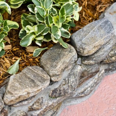How to Calculate a Stone Retaining Wall