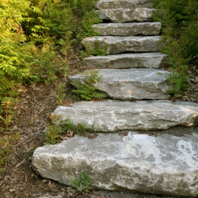 How to Do Stone Landscaping Steps