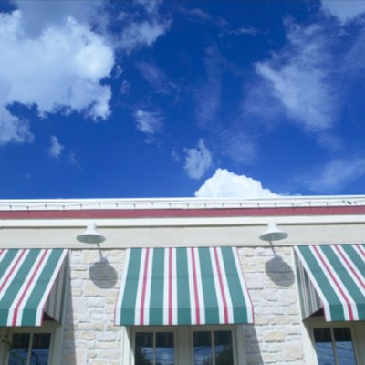 How to Lace an Awning