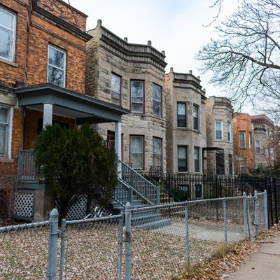 Row of Houses in Uptown Chicago