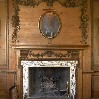 Rules of Fireplace Surrounds