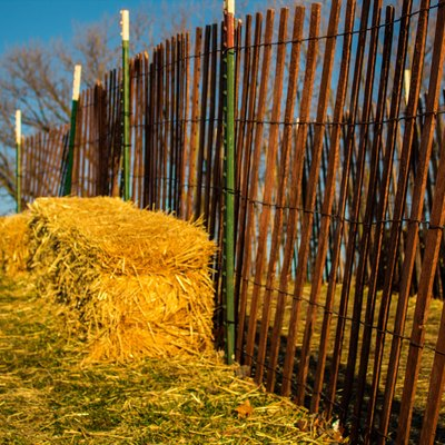 How to Build a 6 Feet Wood Cap Fence