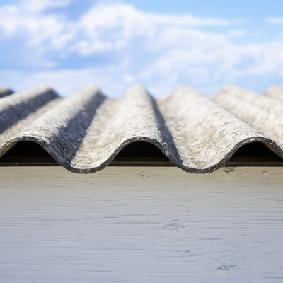 Dangerous asbestos roof panels - one of the most dangerous materials in the construction industry