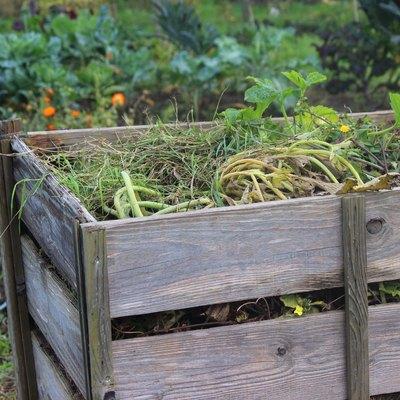 Wooden compost heap, compost bin converter, allotment / vegetable garden waste