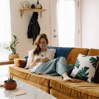 (Don't) Go For Broke: How To Redo Your Room On A $100, $200 and $500 Budget