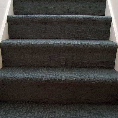 How to Put Carpet On Stairs