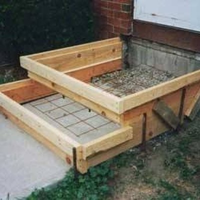 How to Install Concrete Steps