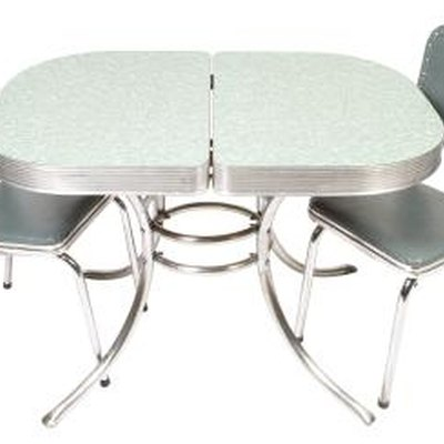 How to Restore Dinette Tables