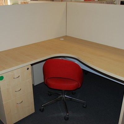 How to Disassemble Steelcase Cubicles
