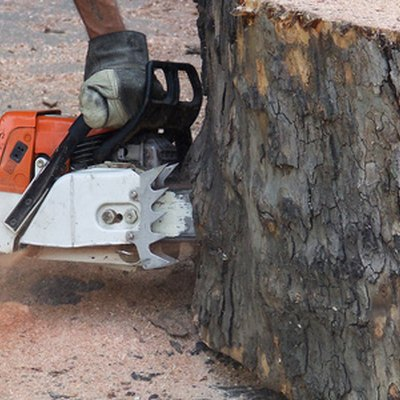 How to Tune a Husqvarna Chainsaw