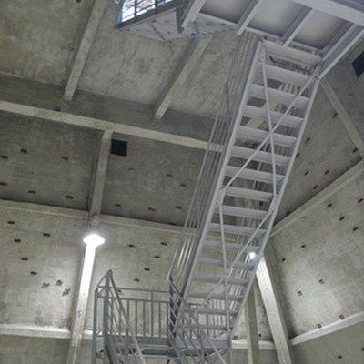 How to Build Living Quarters Inside Metal Buildings