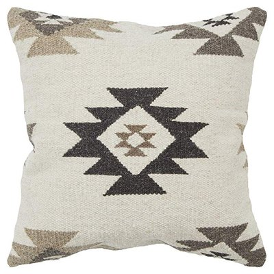 Rizzy Home Southwest Throw Pillow