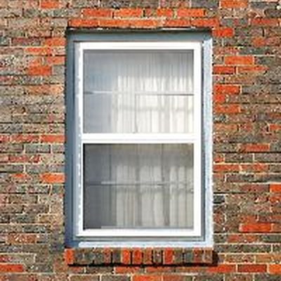 Reasons Why a Home's Windows Won't Close, Lock