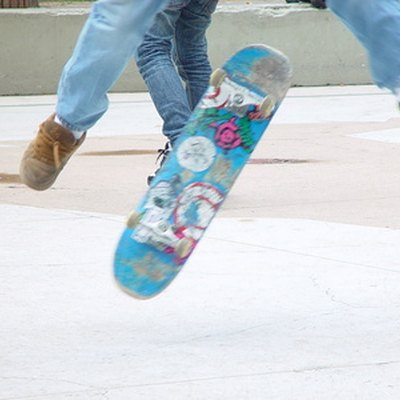 How to Remove Skateboard Wax Off of Concrete