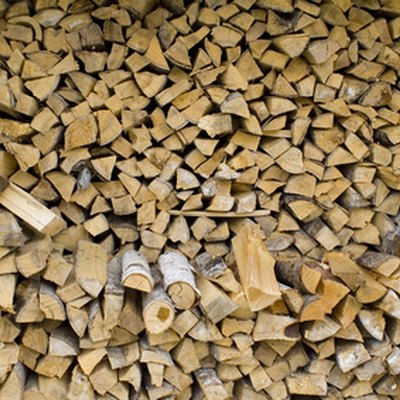 Types of Burning Wood That Stink