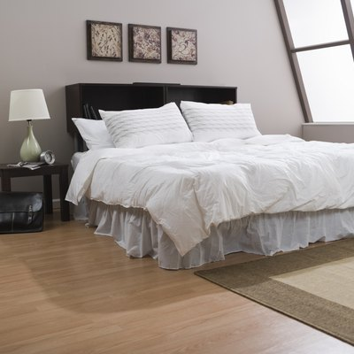How Should Your Bed Be Positioned in a Bedroom?