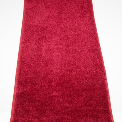 A DIY Red Carpet Aisle Runner