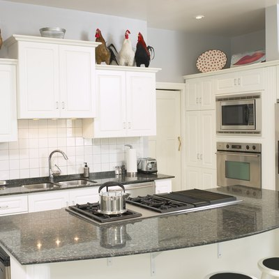 How to Restore the Coating for a Composite Sink