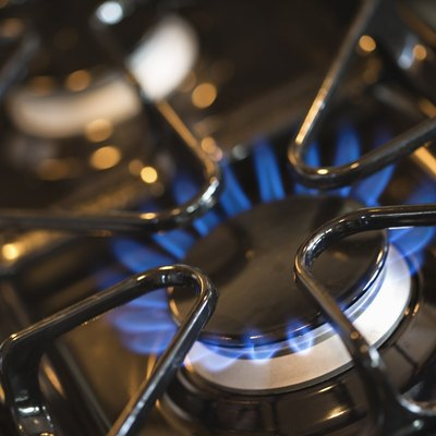 How to Clean Your Igniter on Your Gas Stove