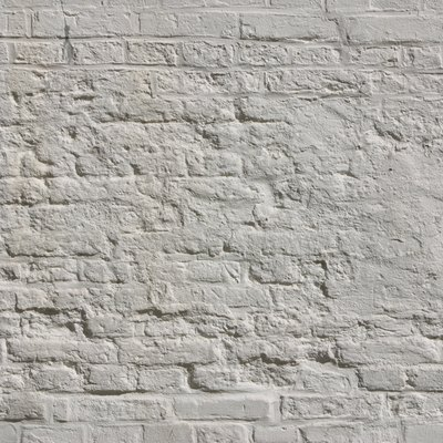 How to Paint Exterior Brick on the House