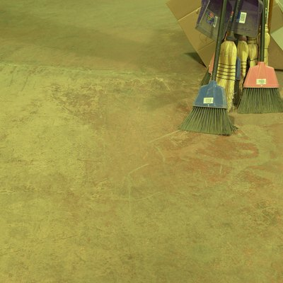 How to Remove Scuff Marks & Scratches From Stained Concrete