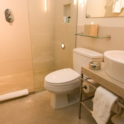 How to Remove Calcium Stains From a Glass Shower Door